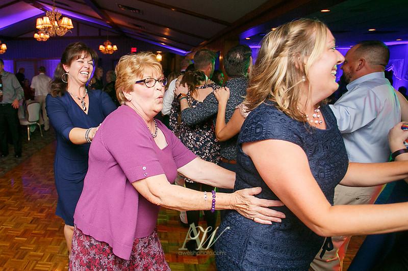 Alyssa-Sam-Geneva-NY-Belhurst-Wedding-Photos35
