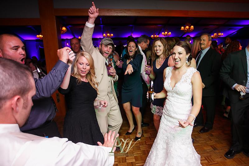 Alyssa-Sam-Geneva-NY-Belhurst-Wedding-Photos43
