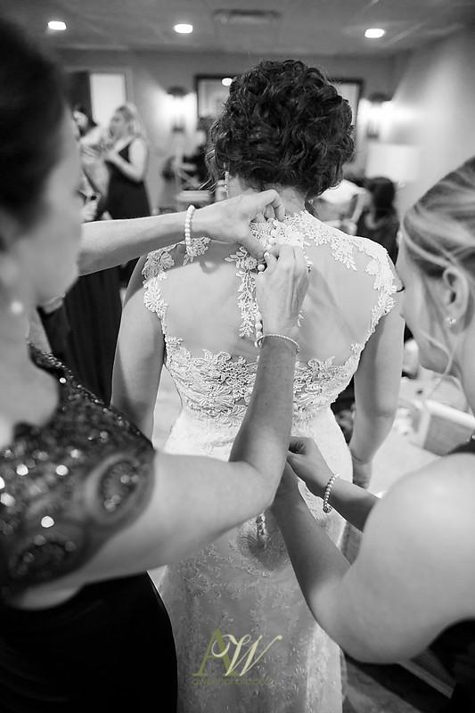 lisa-brandon-bristol-harbor-resort-fall-wedding14