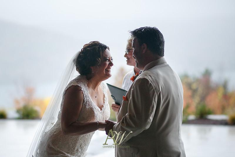lisa-brandon-bristol-harbor-resort-fall-wedding20