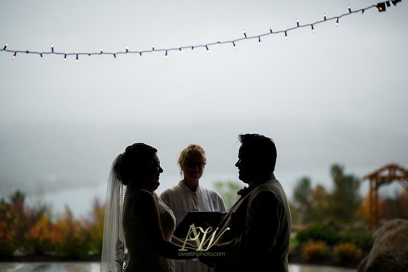 lisa-brandon-bristol-harbor-resort-fall-wedding21