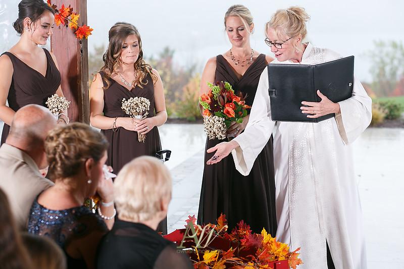 lisa-brandon-bristol-harbor-resort-fall-wedding24