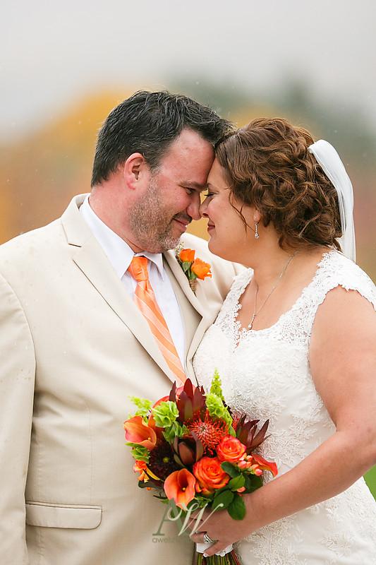 lisa-brandon-bristol-harbor-resort-fall-wedding28