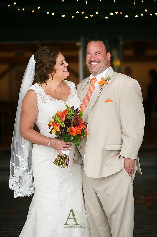 lisa-brandon-bristol-harbor-resort-fall-wedding29