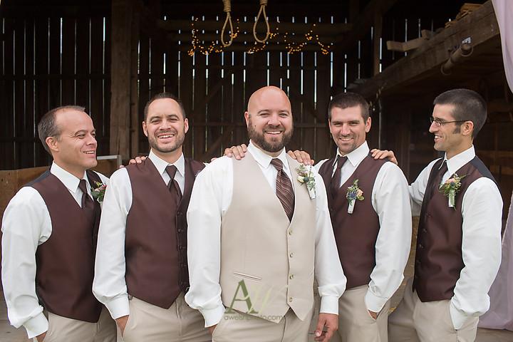 Nicole-Ryan-Palmyra-NY-Barn-Wedding-Rochester23.jpg