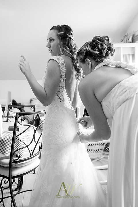 Nicole-Ryan-Palmyra-NY-Barn-Wedding-Rochester06.jpg