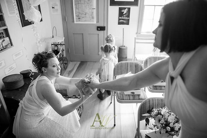Nicole-Ryan-Palmyra-NY-Barn-Wedding-Rochester04.jpg