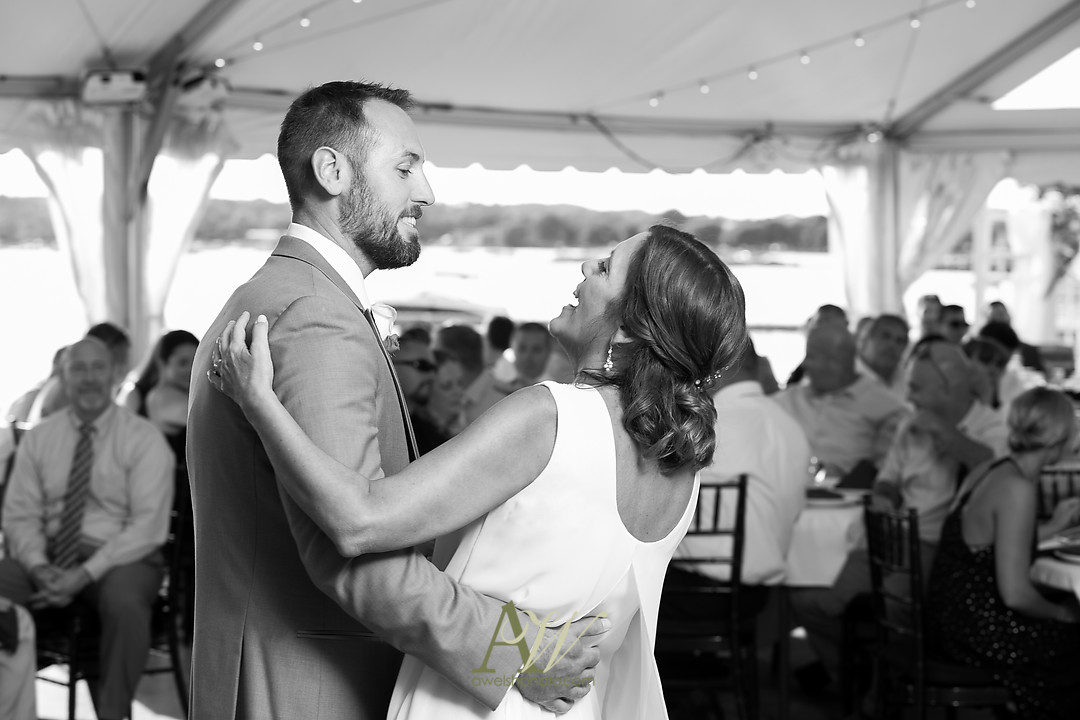 alicia-tim-canandaigua-country-club-wedding29.jpg