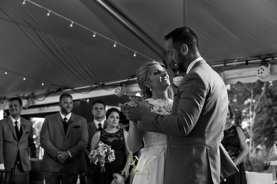 alicia-tim-canandaigua-country-club-wedding27.jpg