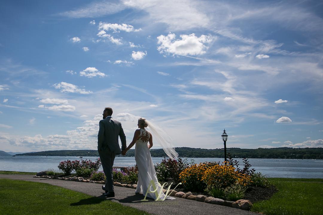 alicia-tim-canandaigua-country-club-wedding21.jpg