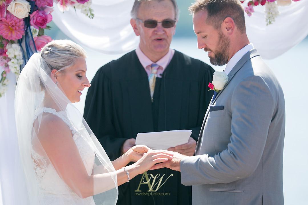 alicia-tim-canandaigua-country-club-wedding19.jpg