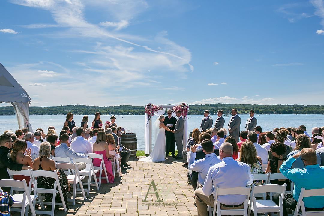 alicia-tim-canandaigua-country-club-wedding17.jpg