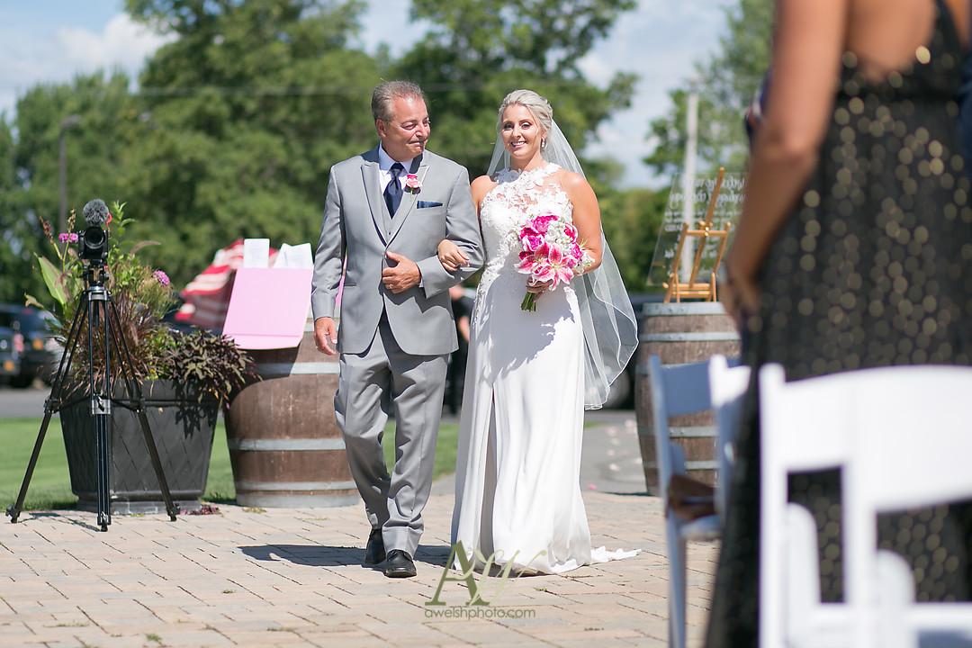alicia-tim-canandaigua-country-club-wedding16.jpg