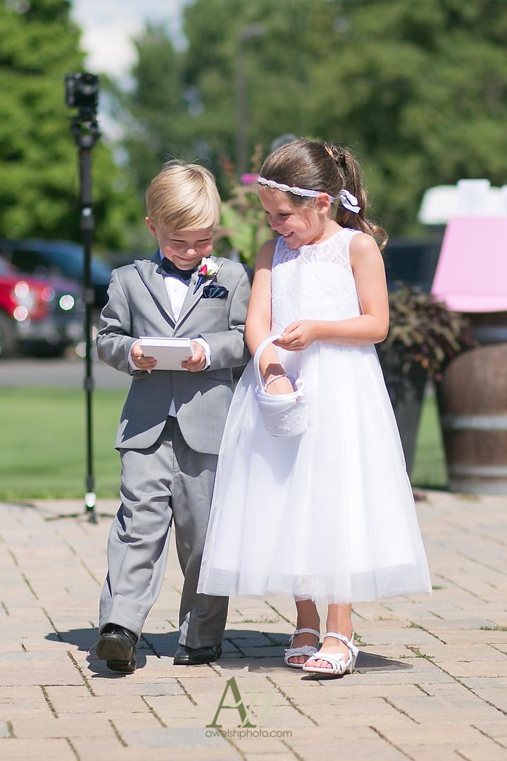 alicia-tim-canandaigua-country-club-wedding14.jpg