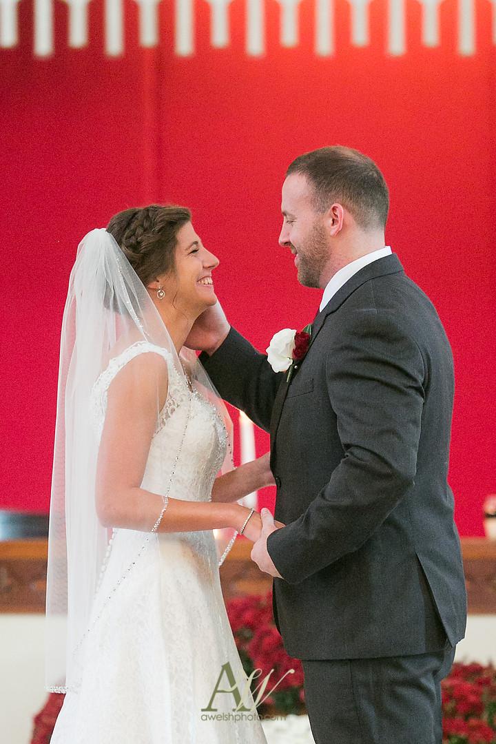 kelsey-ryan-finger-lakes-wedding18.jpg