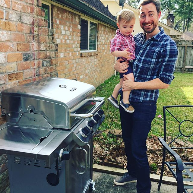 Just got this brand new shiny thing!  Caption contest: Winner gets to fly him/herself down to Houston and I'll grill u some tasty meats! :) And... go!