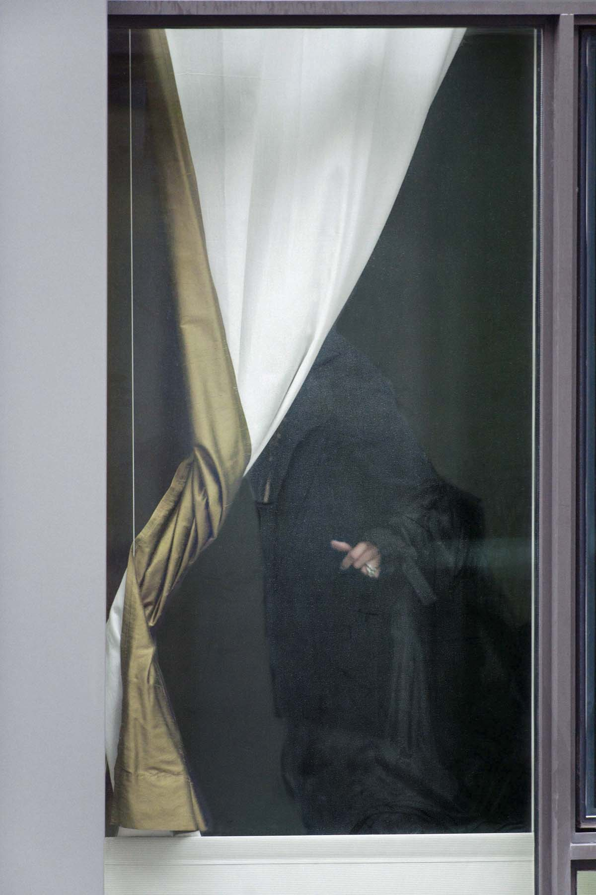 Arne Svenson, The Neighbors #46, 2014, pigment print, 45 x 30 inches