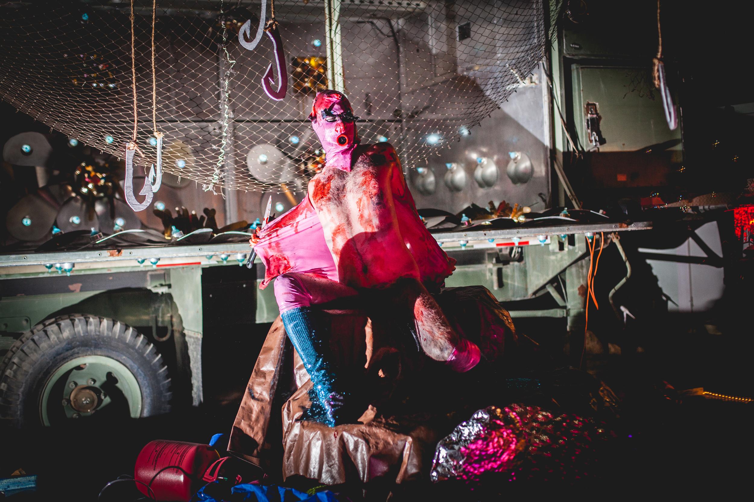 AARON SHEPPARD, 2015 Performance: Like, Out of Water, Joshua Tree, California. Photo by Krystal Ramirez