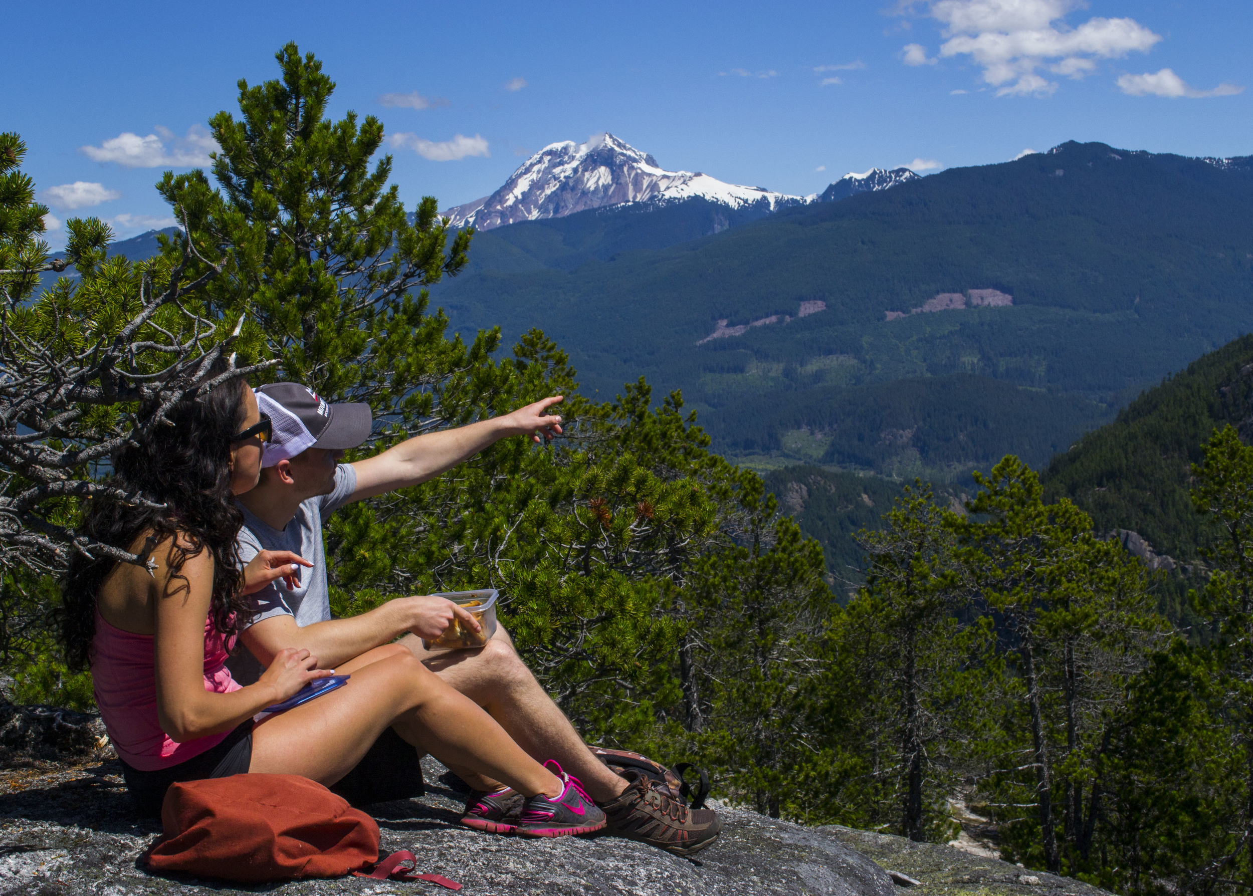 Hiking and adventure tours in Vancouver with Fresh Adventures.