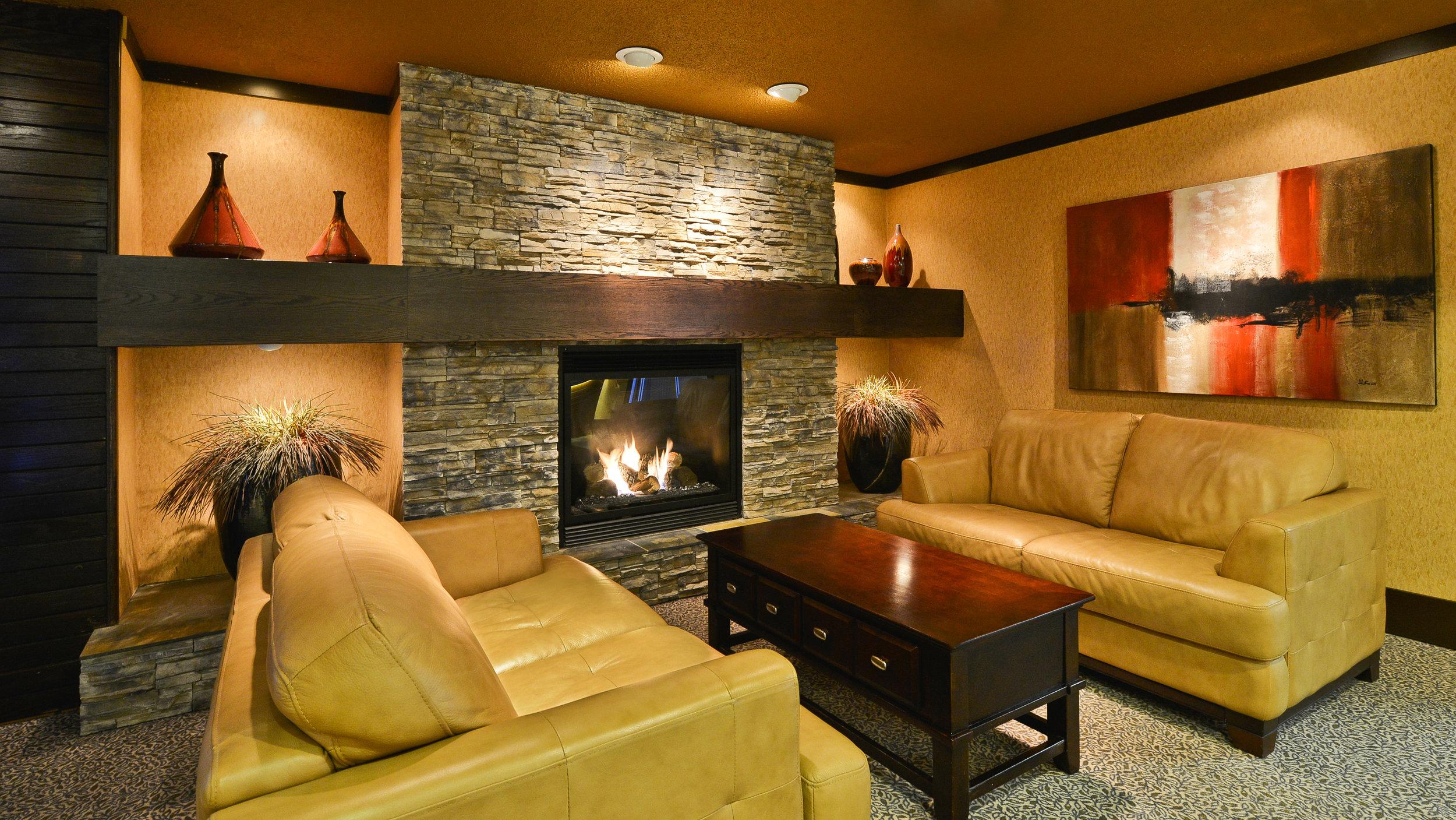 Lobby - Prestige Mountain Resort Rossland.jpg