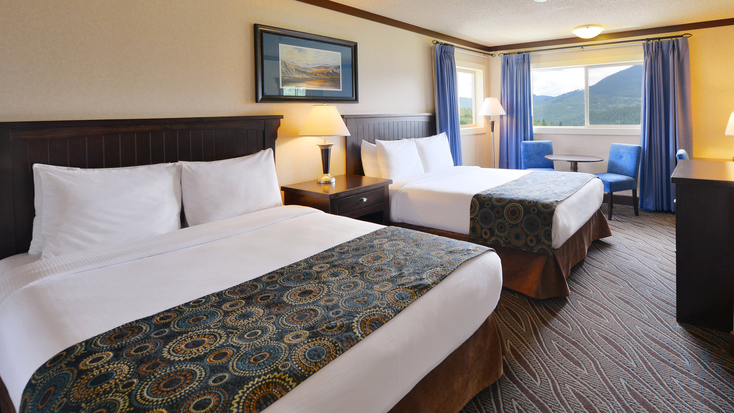 Guest Room - Prestige Mountain Resort Rossland.JPG