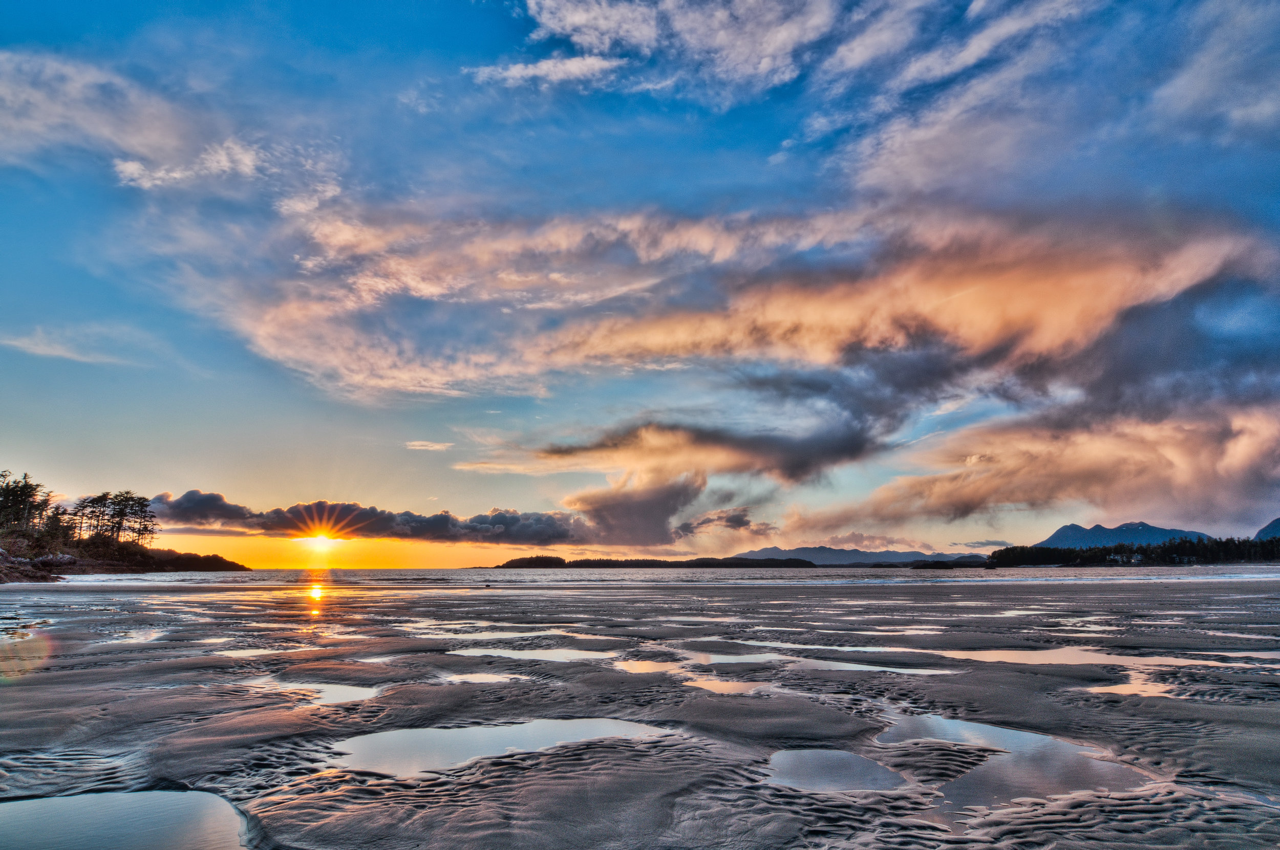 Sunset on Vancouver Island guided tour.