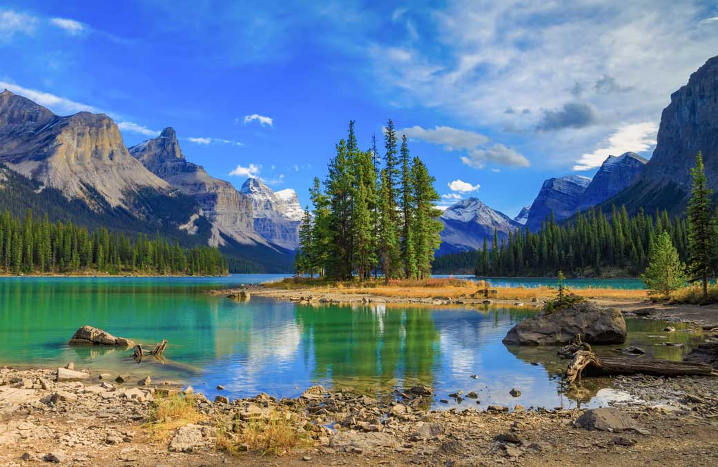 Eco tour in the Canadian Rockies at Maligne Lake.
