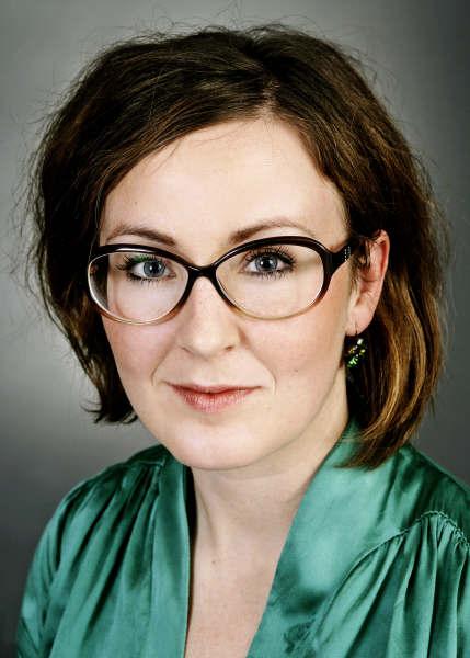 Louise Schrøder, pianist — Nordfalsters Koncerthus og Orenæs Saloner