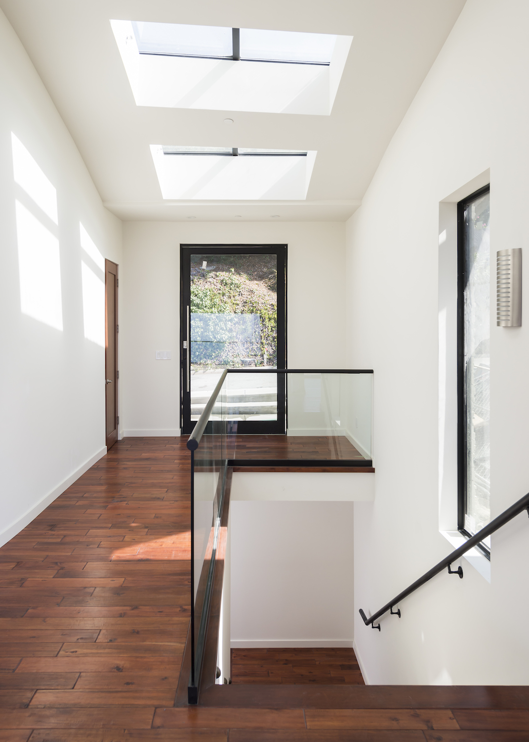 Laguna-Beach-Modern-Foyer-Entryway.JPG