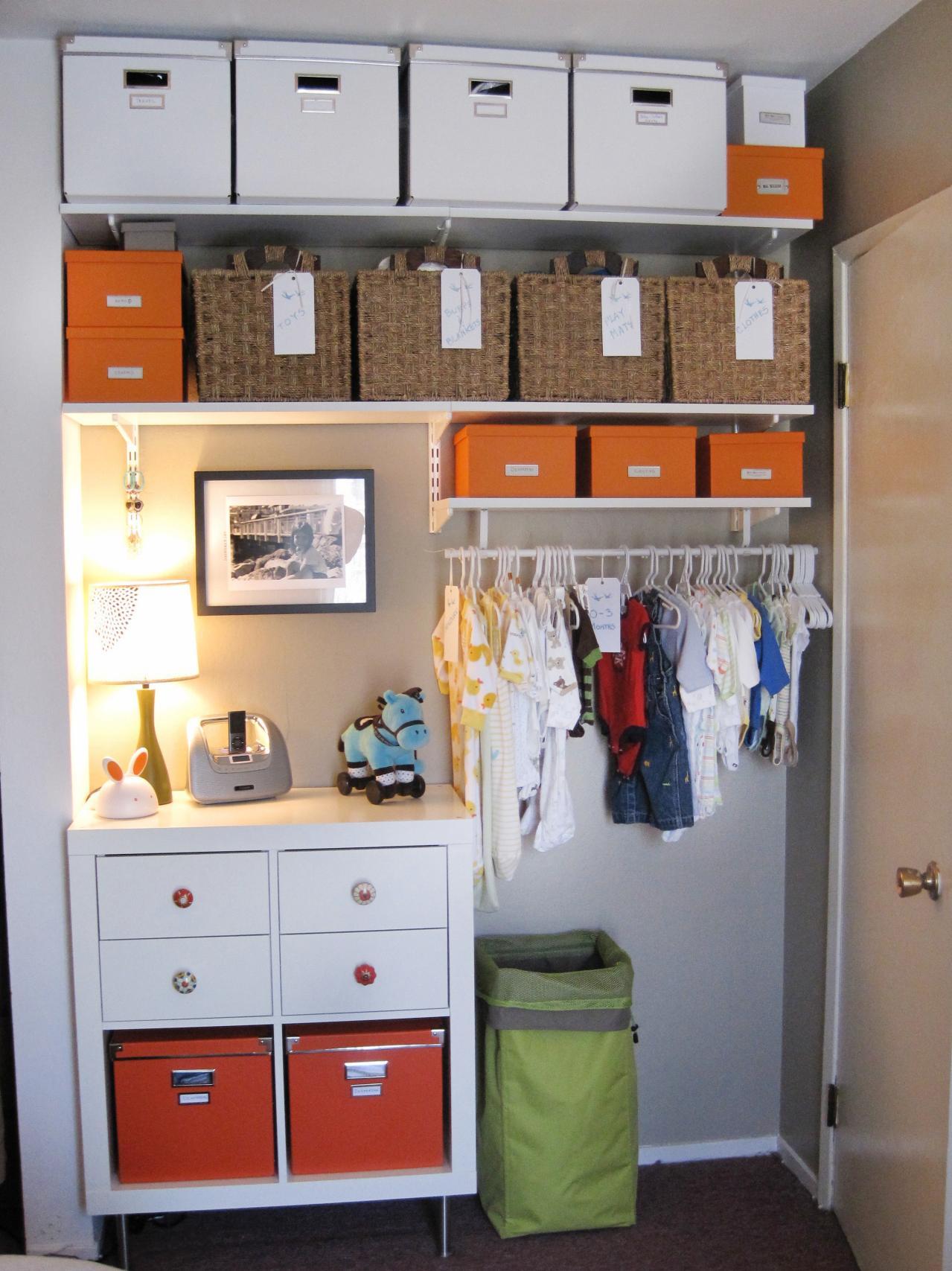 RMS_annehayes-modern-babys-closet_s3x4.jpg.rend.hgtvcom.1280.1707.jpeg
