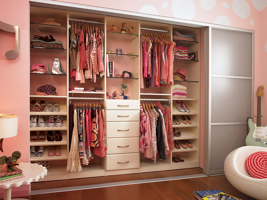 California-Closets-Teenager-Custom-Closet-Pink.jpg