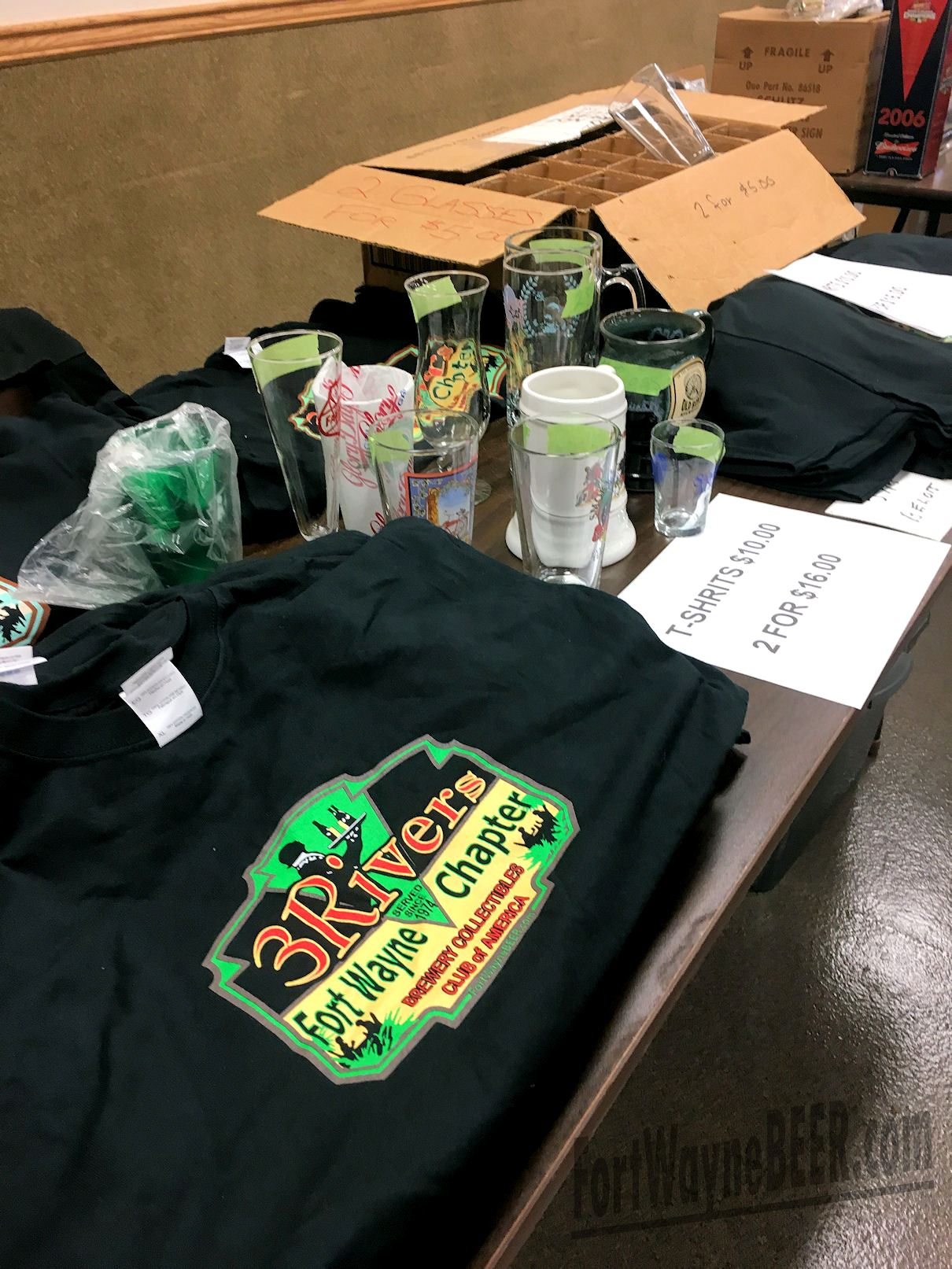 2016 Fort Wayne Brewery Collectibles Show04.JPG