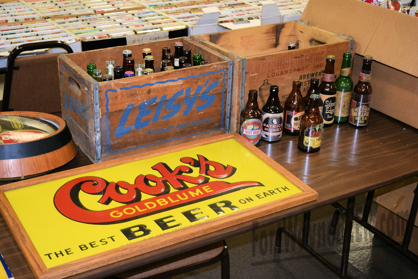 2016 Fort Wayne Brewery Collectibles Show15.JPG