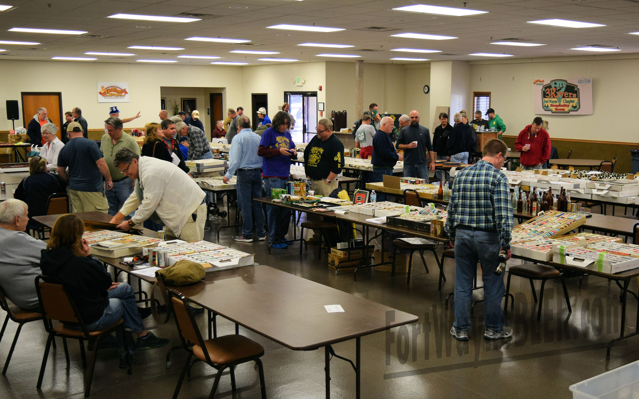 2016 Fort Wayne Brewery Collectibles Show75.JPG