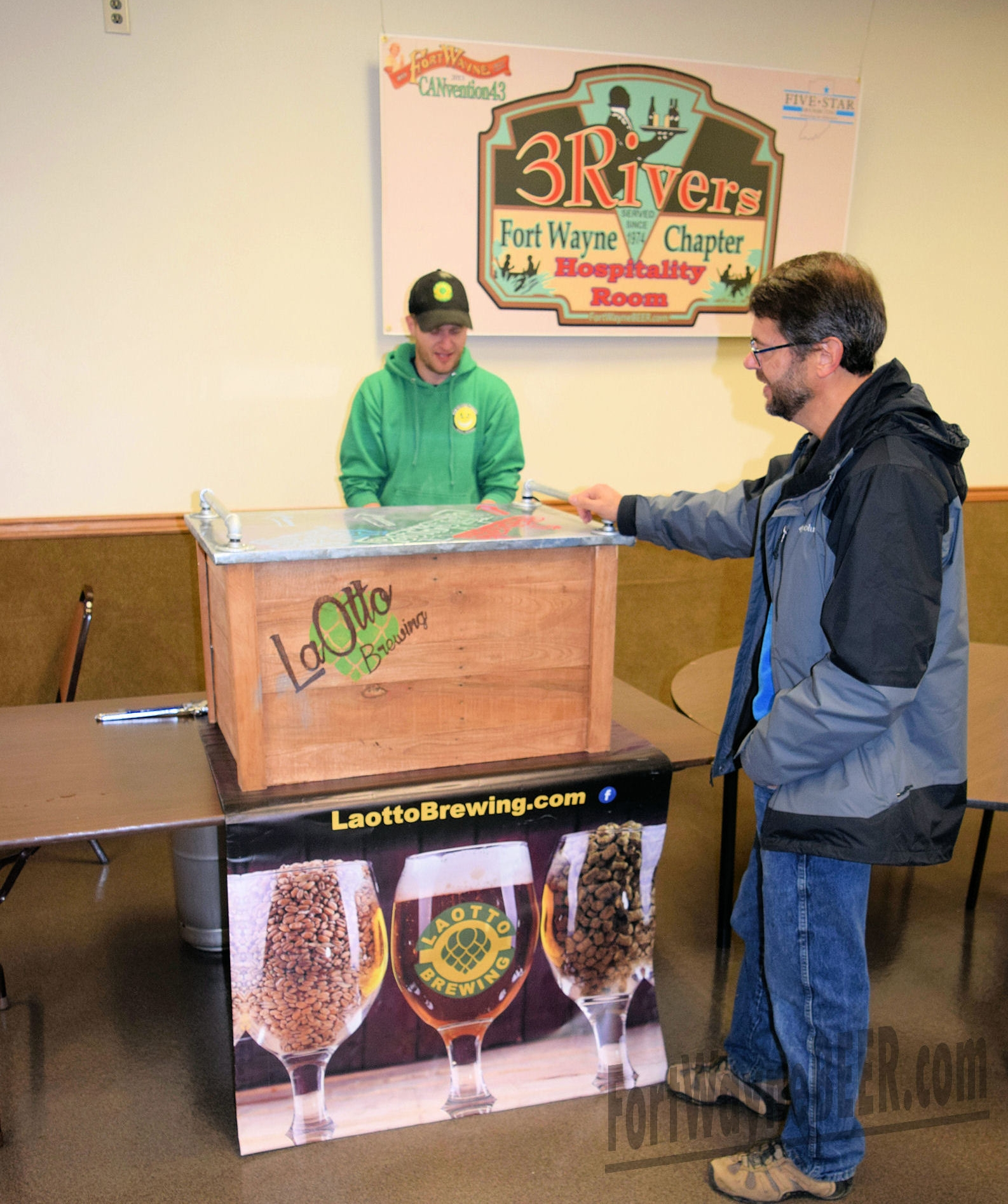 2016 Fort Wayne Brewery Collectibles Show27.JPG