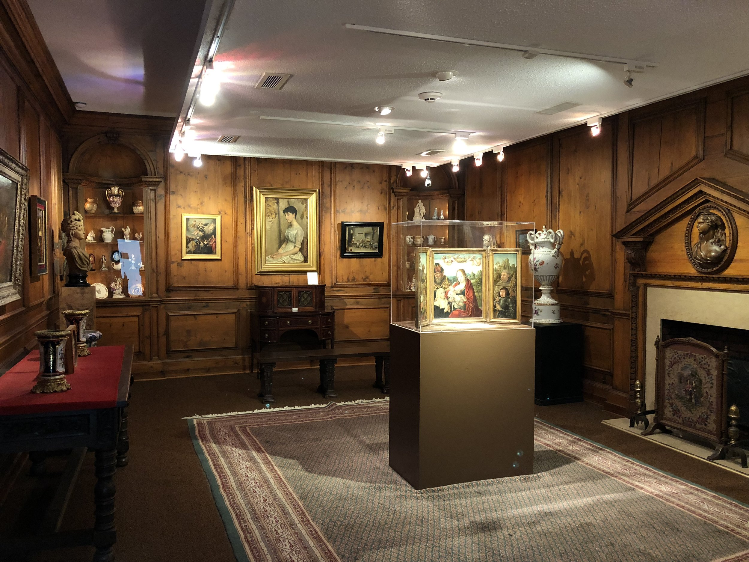 Ayers Gallery.JPG