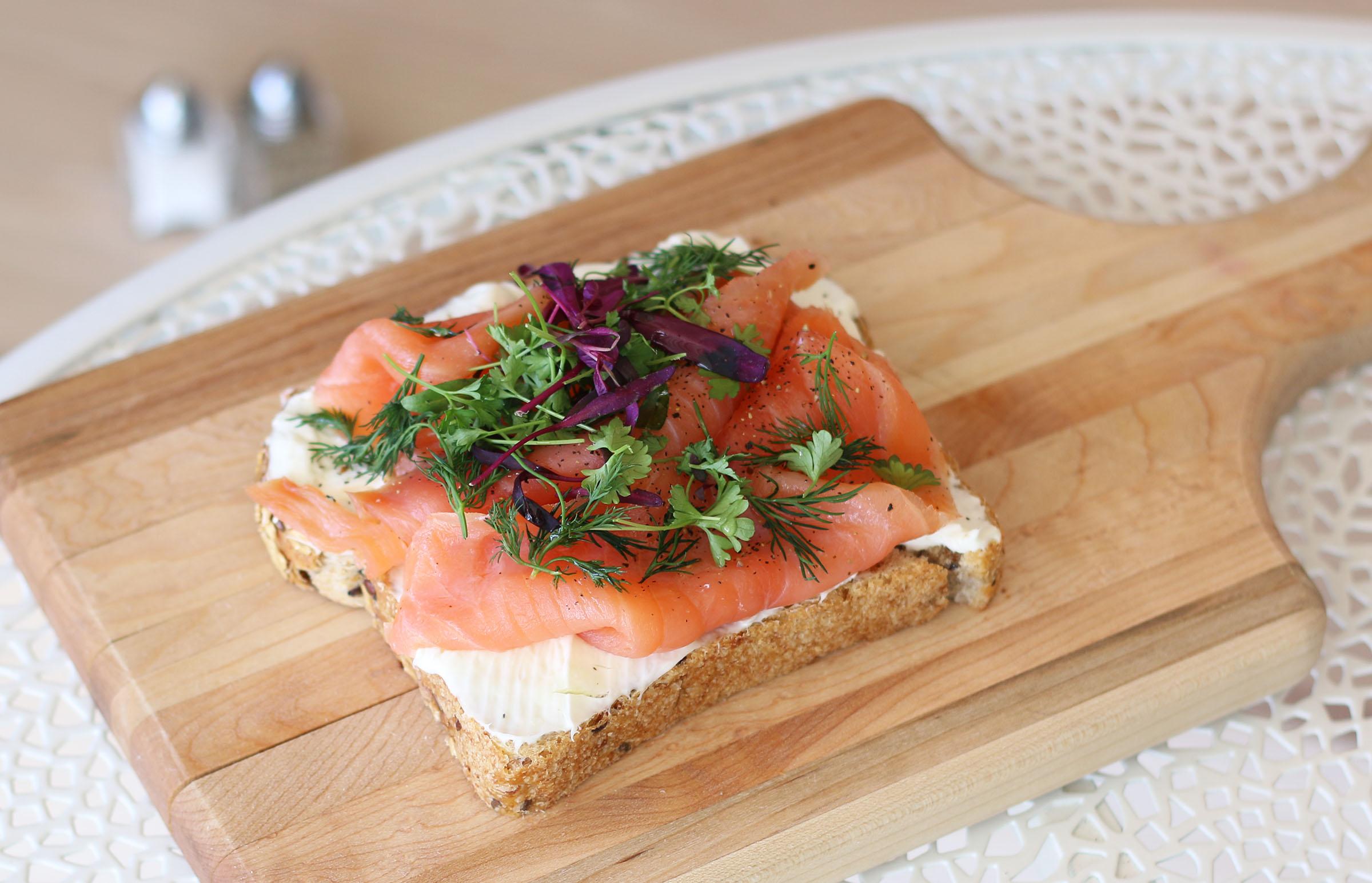 _Salmon Toast 1.jpg