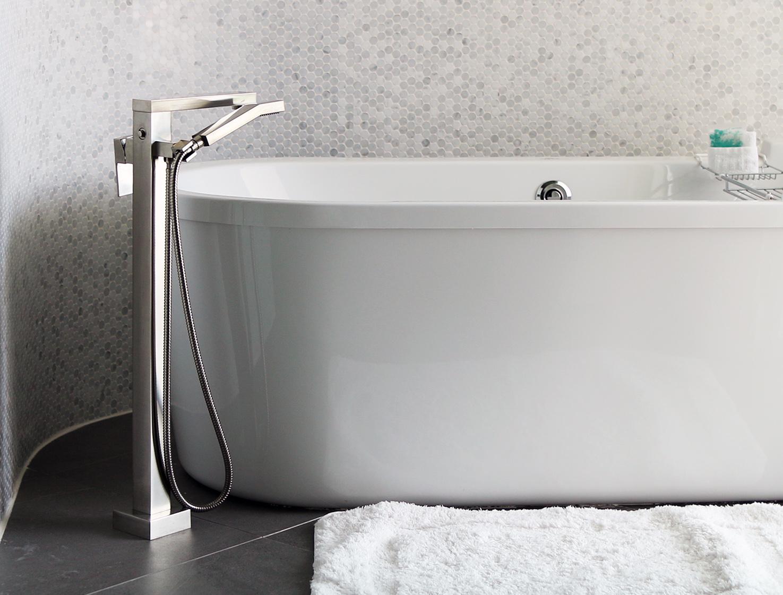 Bathtub 1.jpg