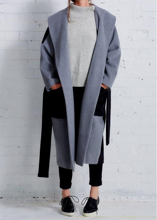 D Efect Cari Coat.jpg