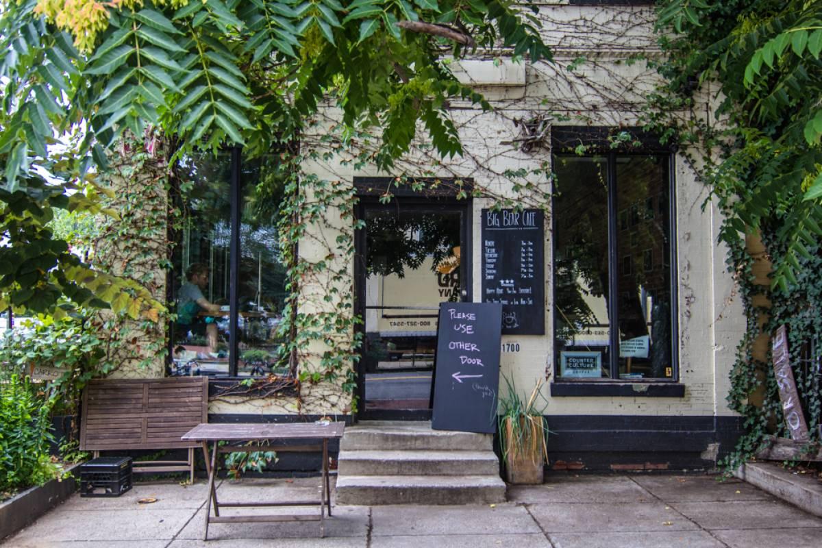 Sustainable Eateries Washington, DC | Big Bear Cafe