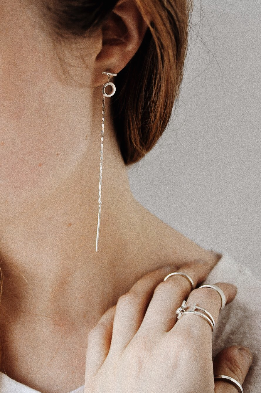 The Reach Statement Ear Threaders by Apse Adorne // Handcrafted Jewelry Brands For The Minimalist