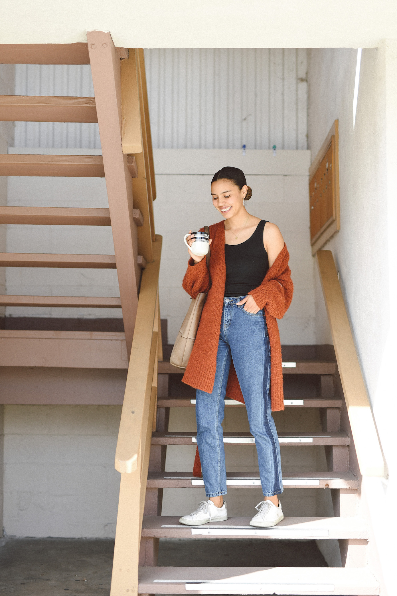 Cozy Paloma Wool sweater and Just Female jeans // A Week Of Outfits With Jazmine Brown on The Good Trade