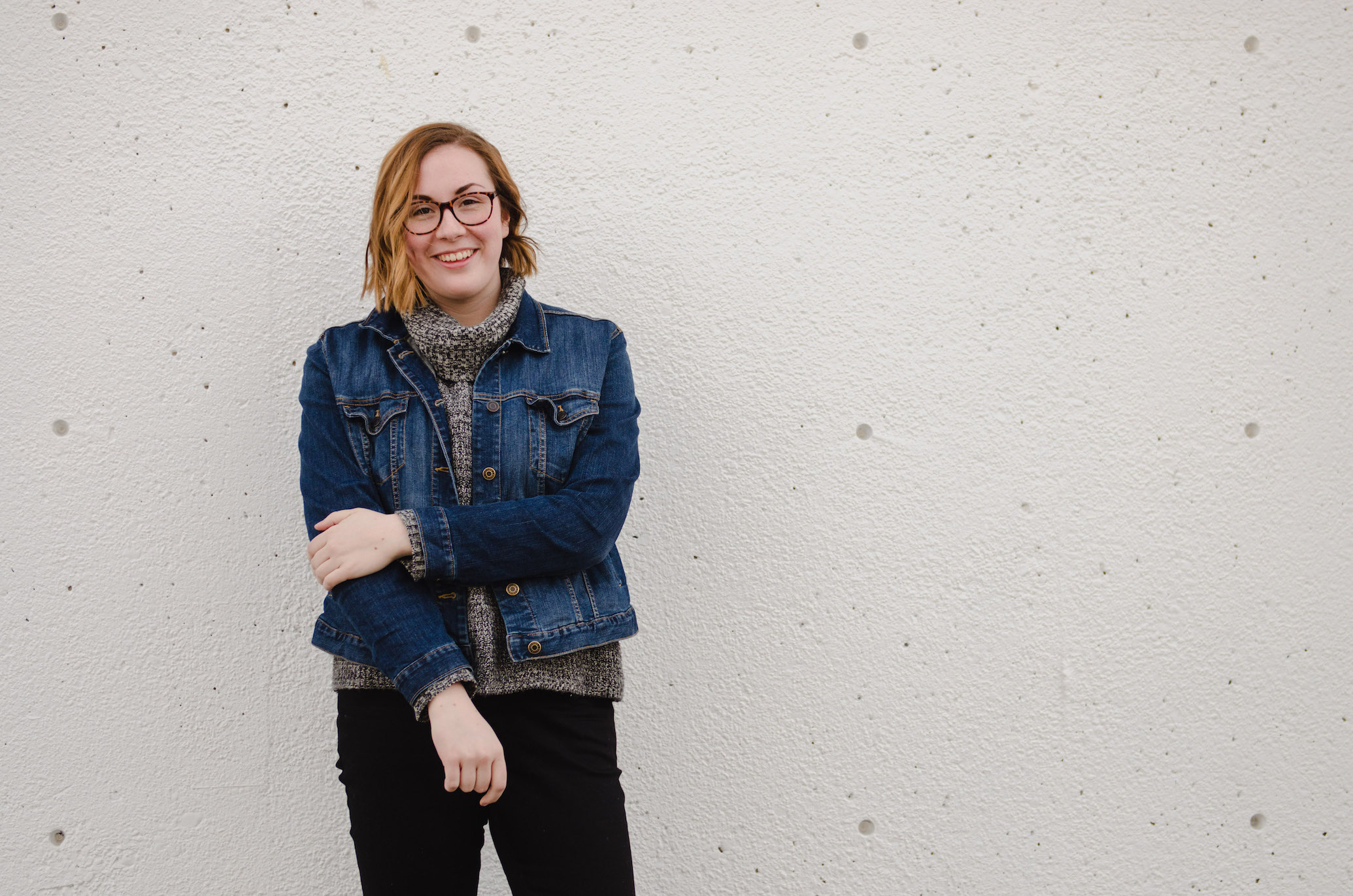 Jean jacket and knit grey turtleneck // A Week Of Thrifted & Ethical Outfits With Emilie Maine On The Good Trade