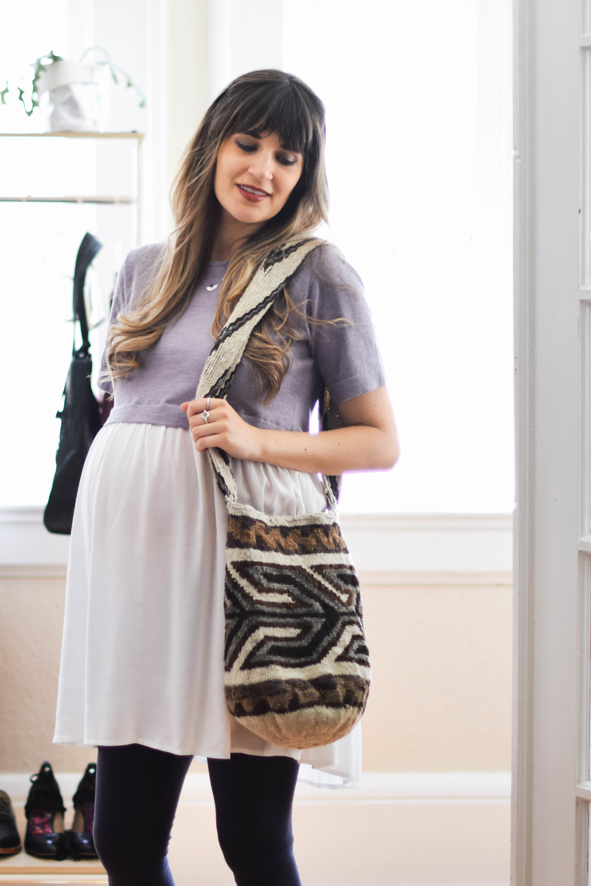 Artisan made woven bag // A Week Of Sustainable Maternity Outfits With Natalie Kay Smith From Sustainably Chic on The Good Trade