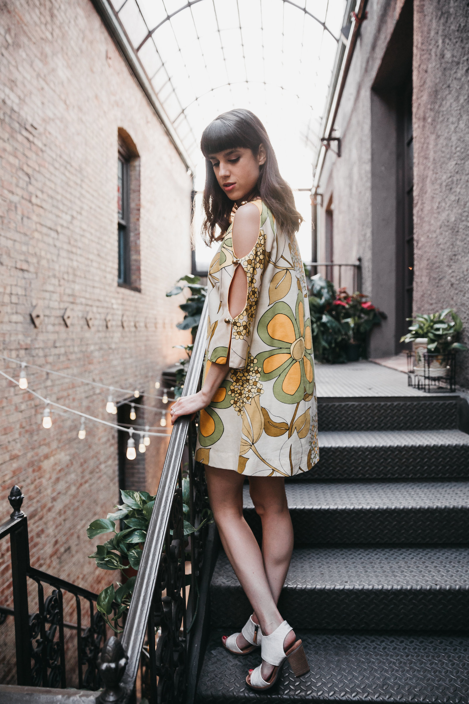 19702 vintage flower dress // A Week Of Bright & Bold Ethical Outfits With Michelle Chavez From Michelle For Good on The Good Trade