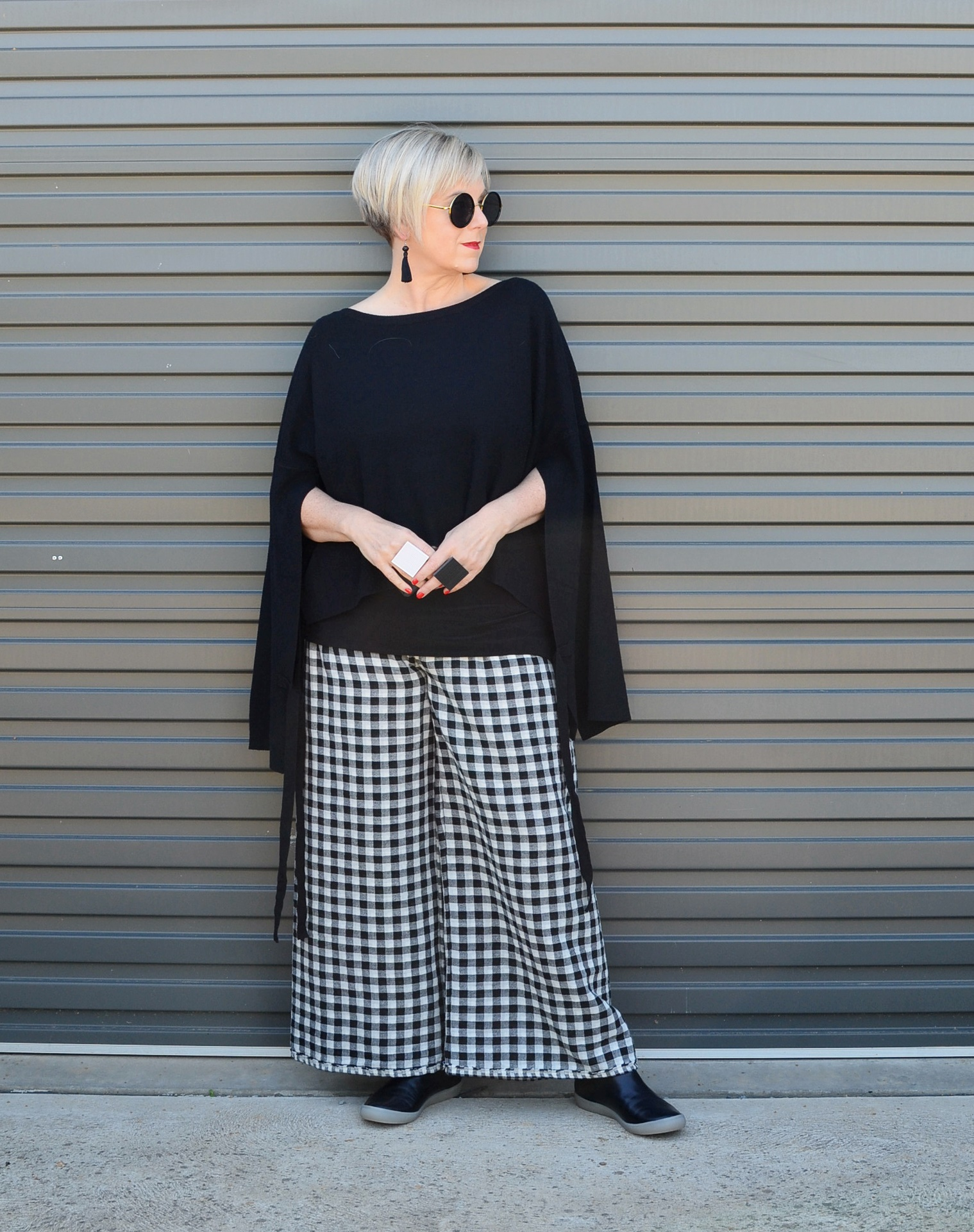 Bold workwear silhouette with gingham pants // A Week Of Elevated Classic Outfits With Deborah Gates From Stylish Murmurs on The Good Trade