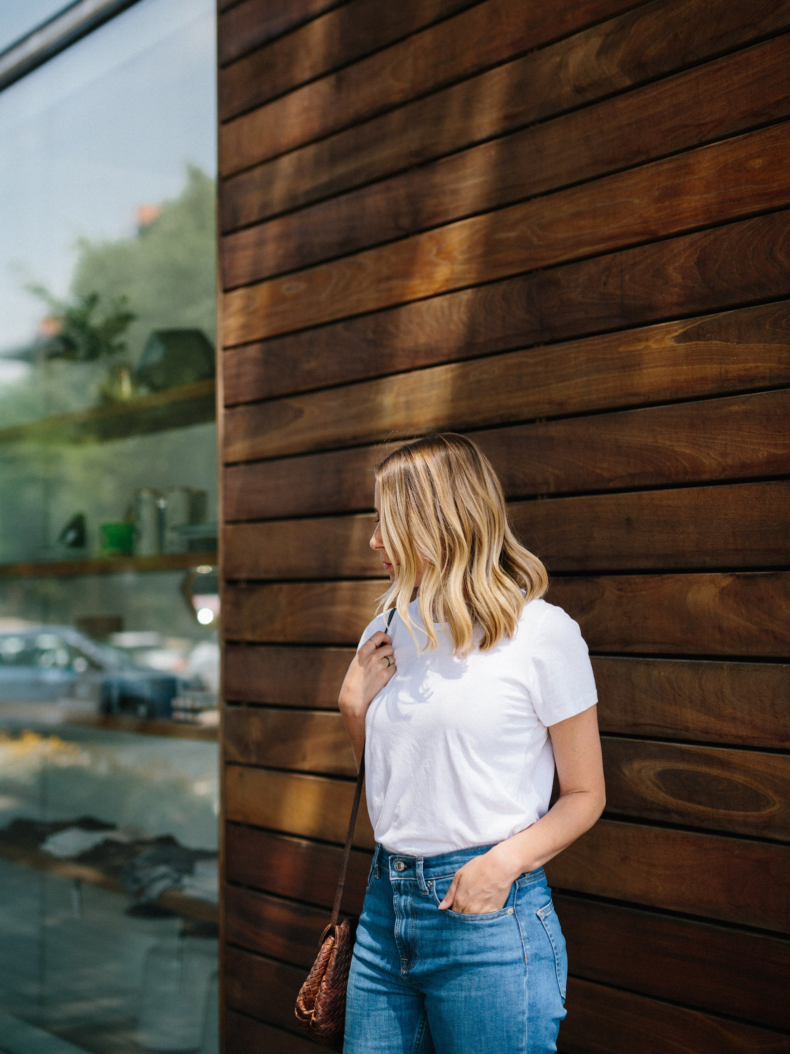 Running errands outfit // A Week Of Summertime Minimalist Outfits With Ava Darnell, Founder Of Slumlove Sweater Company on The Good Trade