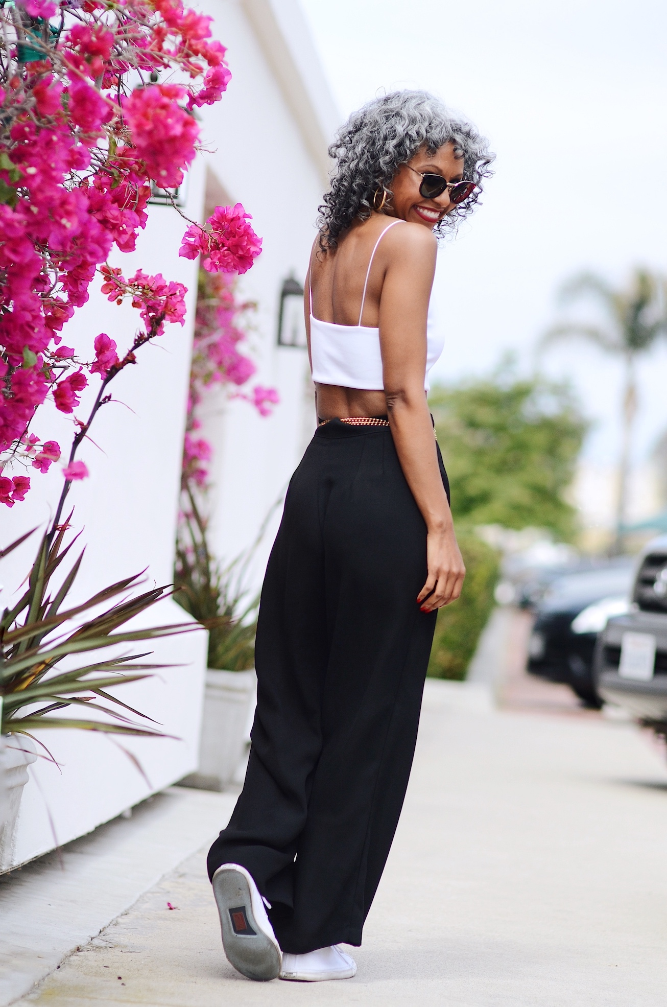 Black and white minimalist summer outfit // A Week Of Sophisticated Slow Fashion Outfits With Tennille Murphy From The Tennille Life on The Good Trade