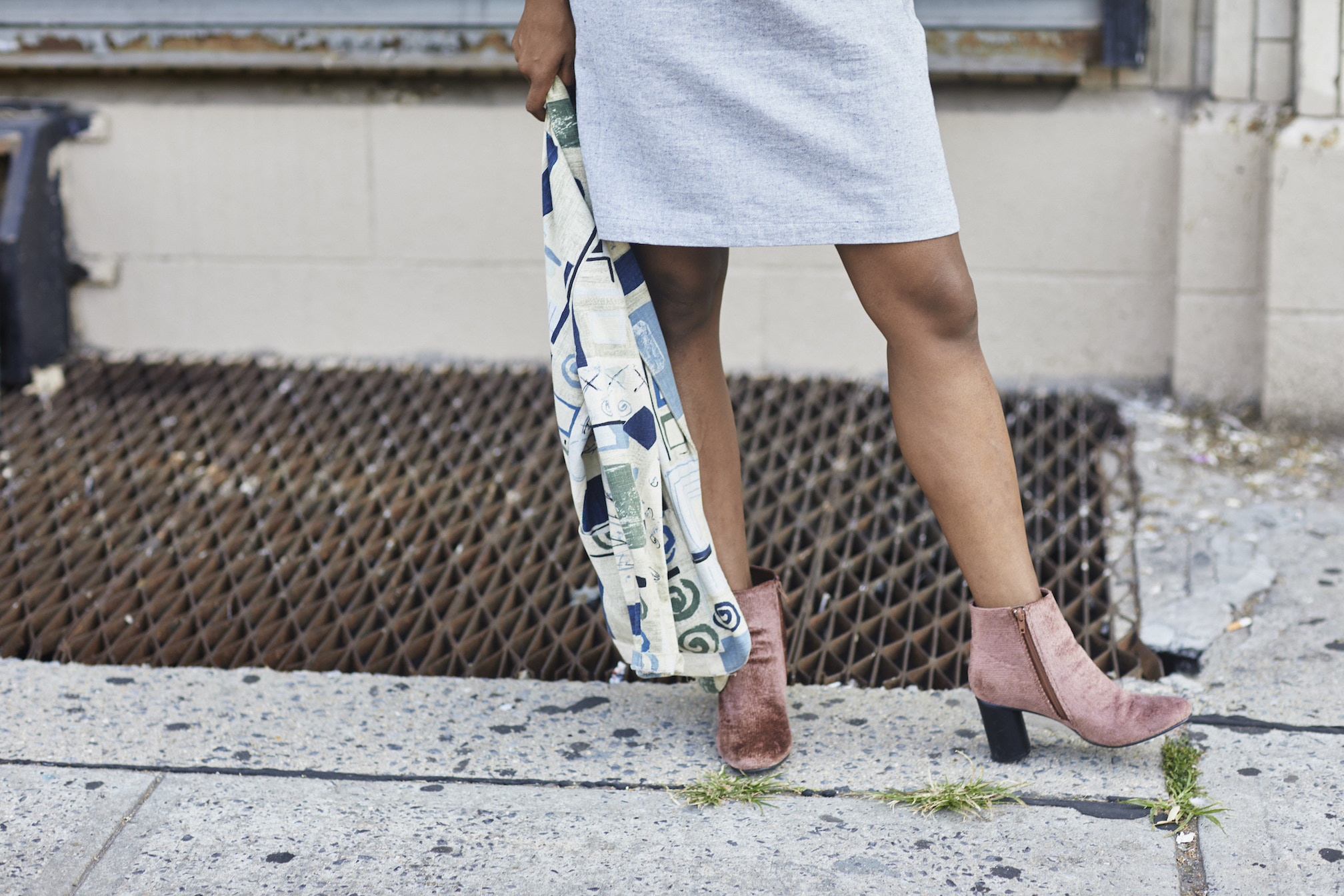 Pink velvet shoes // A Week Of Outfits With Dominique Drakeford, Founder Of Melanin & Sustainable Style on The Good Trade