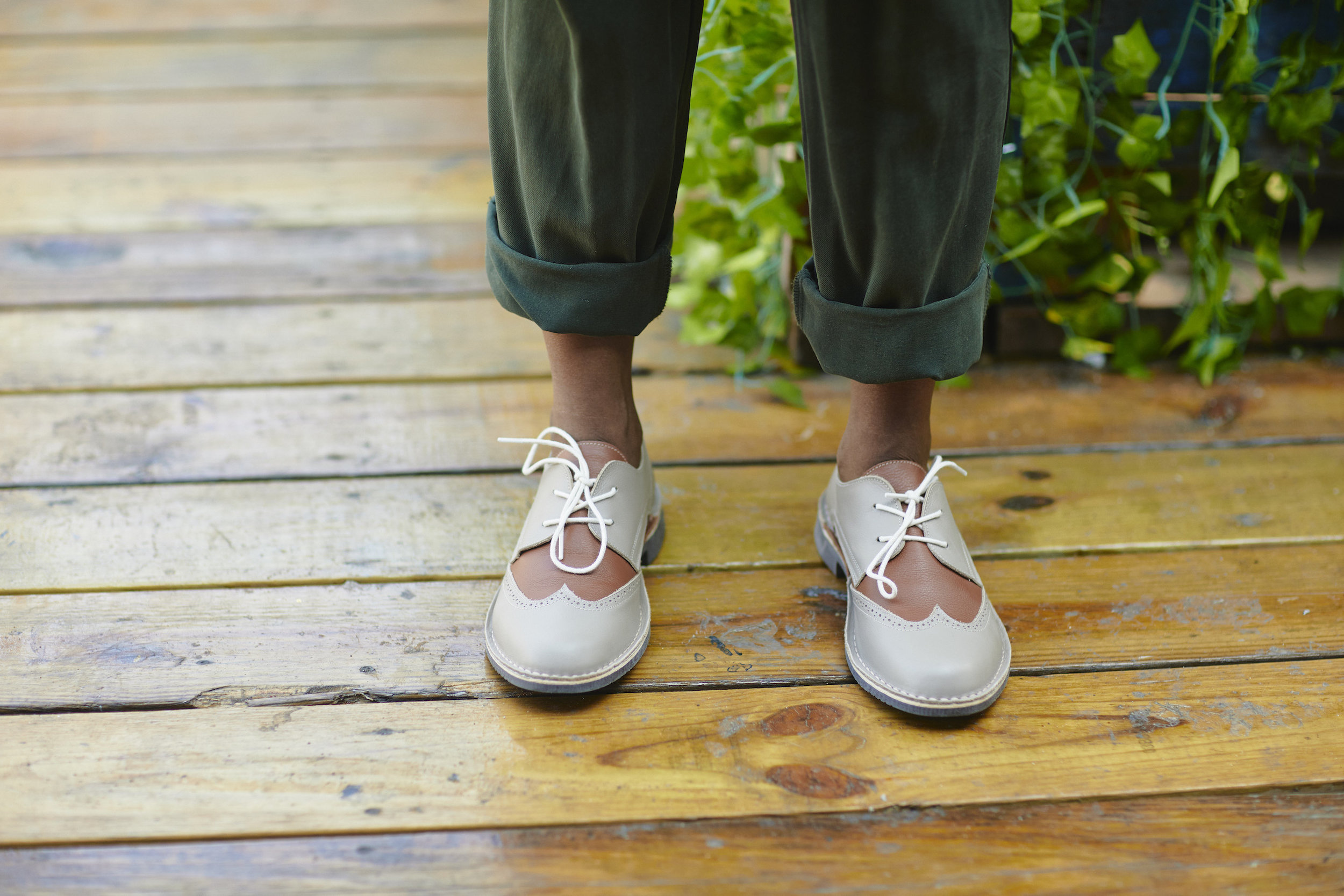 Mamahuhu Oxford shoes // A Week Of Outfits With Dominique Drakeford, Founder Of Melanin & Sustainable Style on The Good Trade